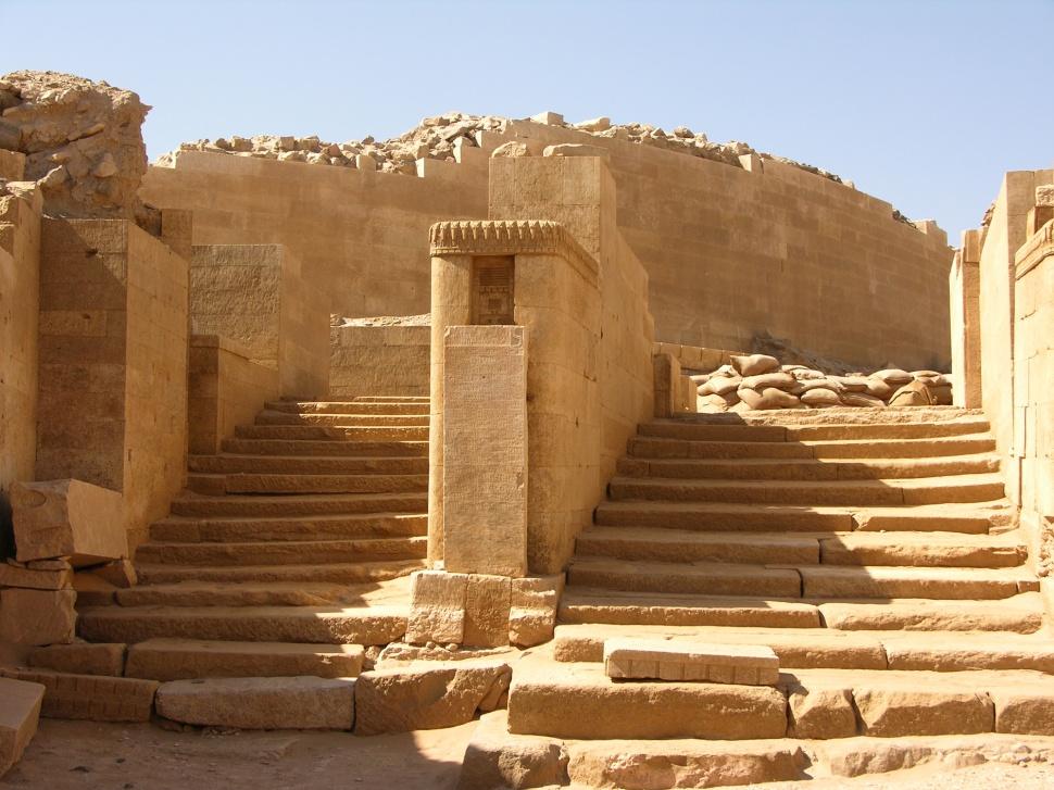 awan_temple_unearthing_arabia_timna