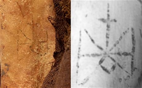 mummia_suda_cristiana_tatuaggio
