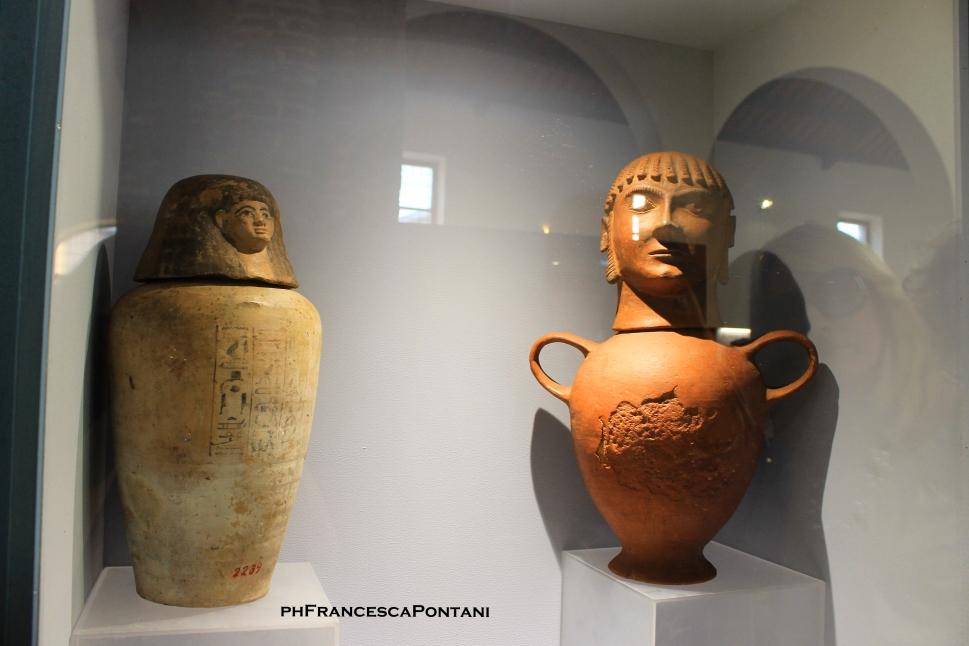 Egizi_Etruschi_vaso_canopo_Montalto_di_Castro