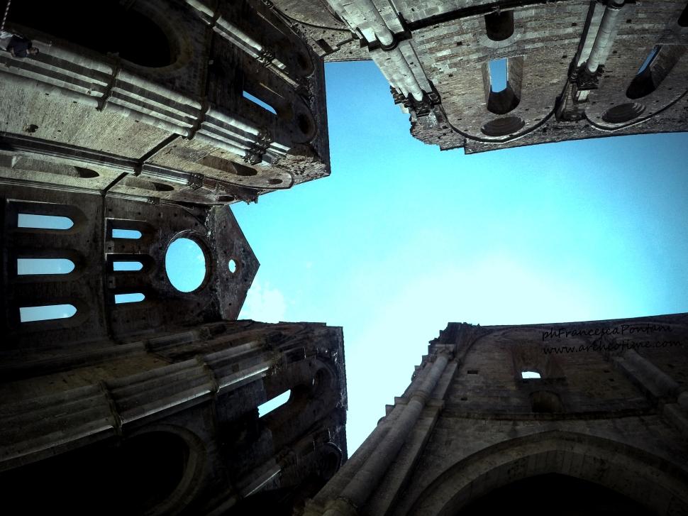 San_Galgano_interno_abbazia_Francesca_Pontani_Appunti_Disordinati_di_Viaggio