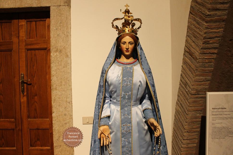 Valentano_chiesa_Santa_Maria_del_Gonfalone_della_Croce
